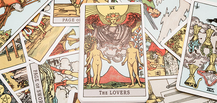 Tarot - Pull a free tarot card of the day for all your love questions